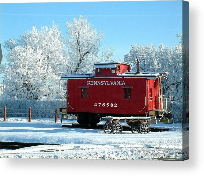 Hoar Frost Acrylic Print featuring the photograph Bitter Cold Frosty Morning In New Oxford Pa by Hal Longue