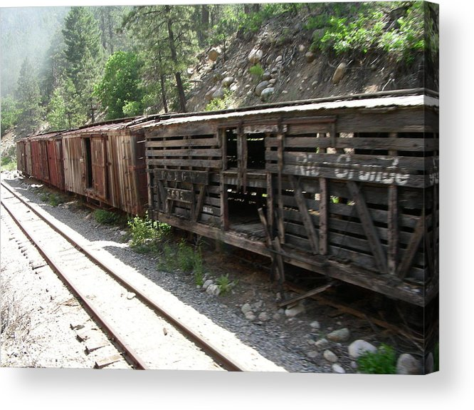 Train Acrylic Print featuring the photograph Grand Ole by Peter McIntosh
