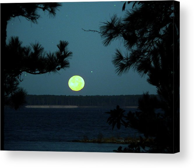 Full Moon Acrylic Print featuring the photograph Moonset On Rayburn Lake by Jerry Craven