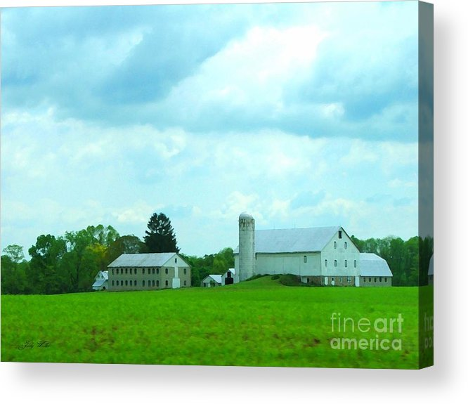 Landscape Acrylic Print featuring the photograph Pennsylvania Barn by Judy Waller