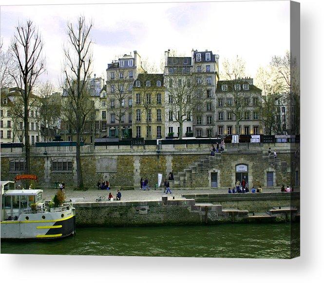 Paris Acrylic Print featuring the photograph Quai De Seine by Hans Jankowski