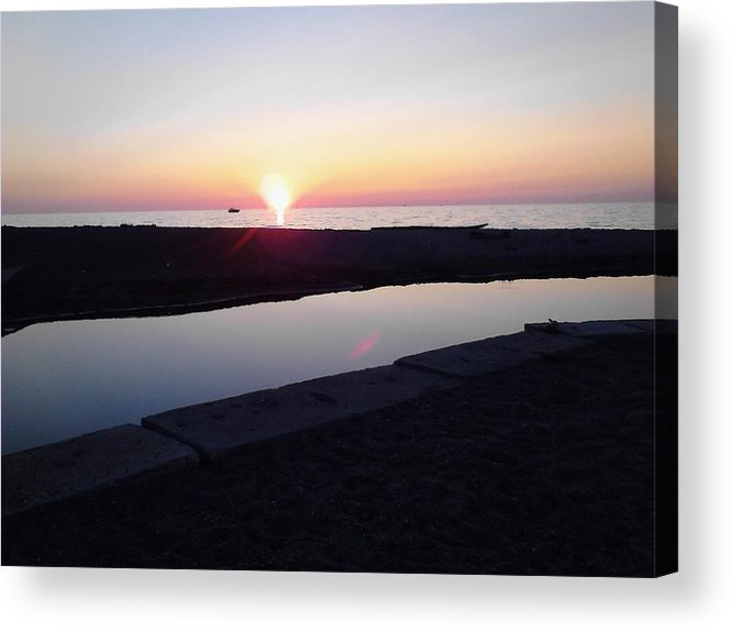 Sunset Acrylic Print featuring the photograph Lake Erie Sunset by John Parry