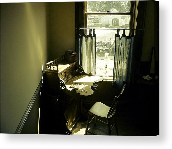 Desk Acrylic Print featuring the photograph Taking A Break by Scott Hovind