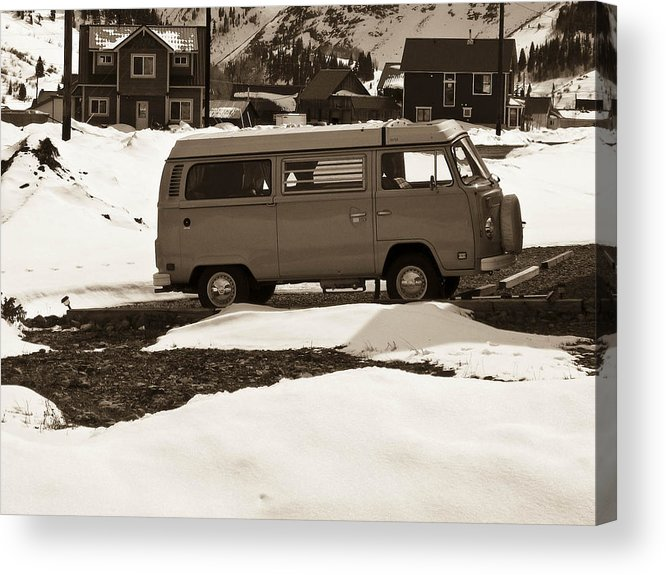 Bus Acrylic Print featuring the photograph Unused by Tessa Hunt-Woodland