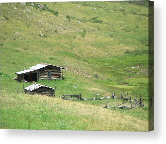 Landscape Acrylic Print featuring the photograph Valley Home by Peter McIntosh