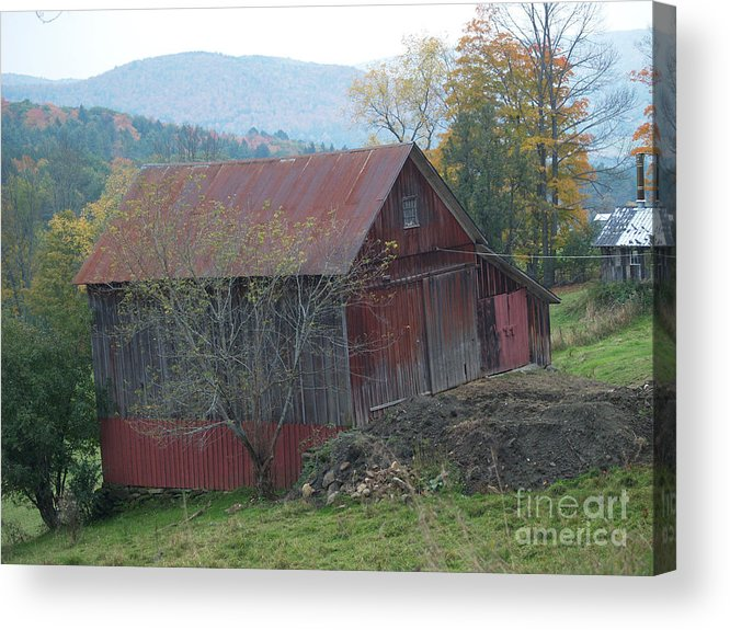 Barn Acrylic Print featuring the photograph Vermont Barn by Paul Galante
