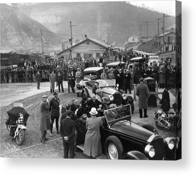History Acrylic Print featuring the photograph Fdr Inspect Norris Dam Construction by Everett