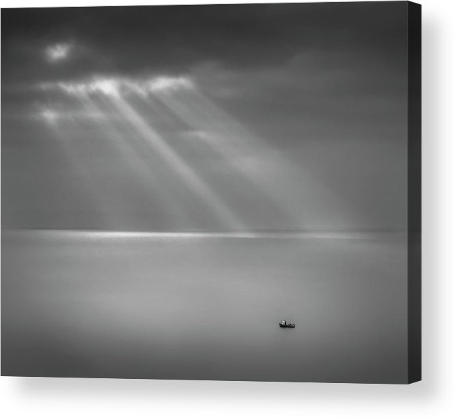 Tranquility Acrylic Print featuring the photograph Crespecular Rays Over Bristol Channel by Paul Simon Wheeler Photography