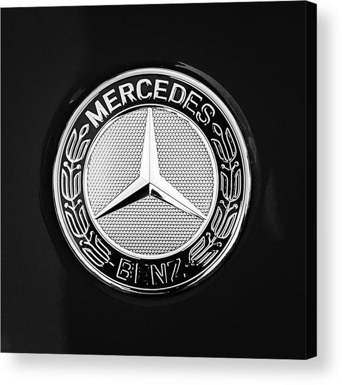 Mercedes-benz 6.3 Gullwing Emblem Acrylic Print featuring the photograph Mercedes-benz 6.3 Gullwing Emblem by Jill Reger