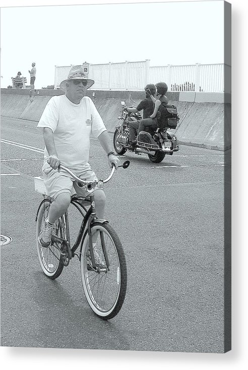 America Acrylic Print featuring the photograph Shore Cruisers by Glenn McCurdy