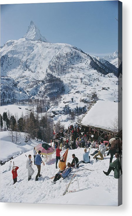 People Acrylic Print featuring the photograph Zermatt Skiing by Slim Aarons