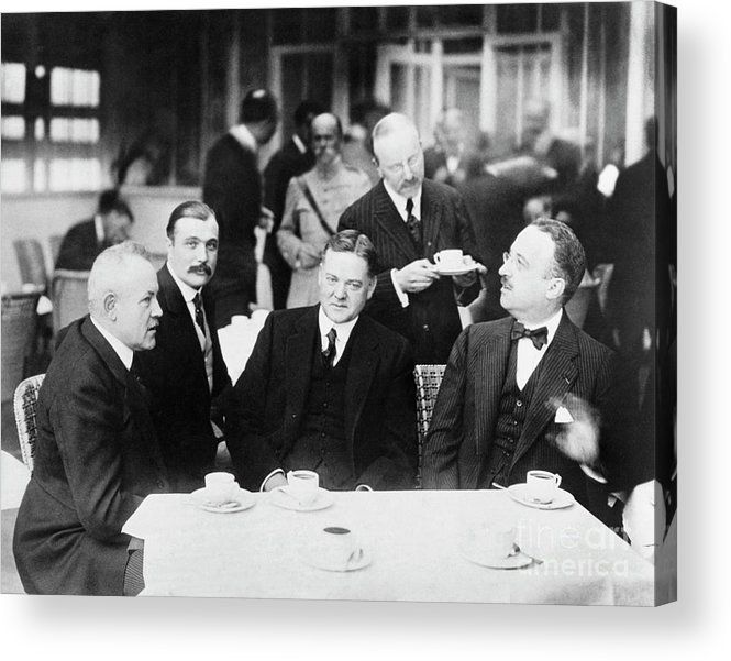 People Acrylic Print featuring the photograph Herbert Hoover Meeting With French by Bettmann