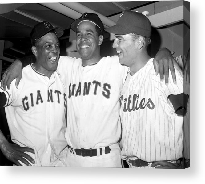 Horizontal Acrylic Print featuring the photograph Willie Mays, Juan Marichal, and Johnny Callison by New York Daily News Archive