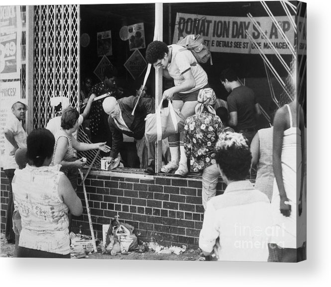 People Acrylic Print featuring the photograph Looters Breaking Into Store by Bettmann