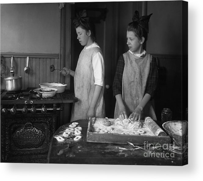 Working Acrylic Print featuring the photograph Teenage Girls 15-17 Years Making by Bettmann