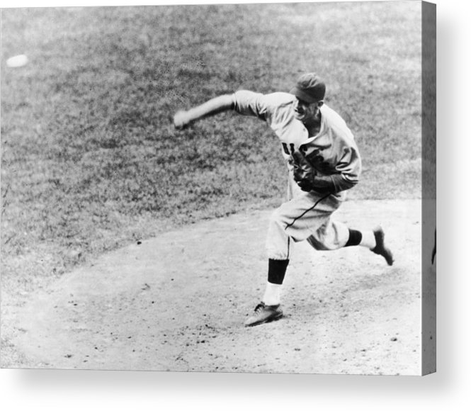 American League Baseball Acrylic Print featuring the photograph Warneke Pitches In The World Series by Fpg
