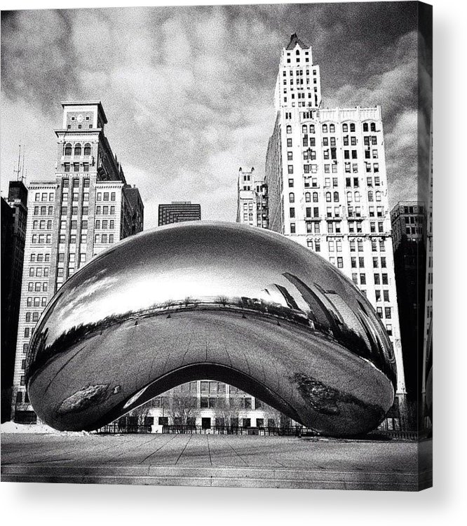 America Acrylic Print featuring the photograph Chicago Bean Cloud Gate Photo by Paul Velgos
