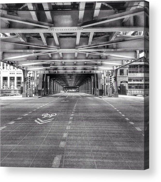 America Acrylic Print featuring the photograph Chicago Wells Street Bridge Photo by Paul Velgos