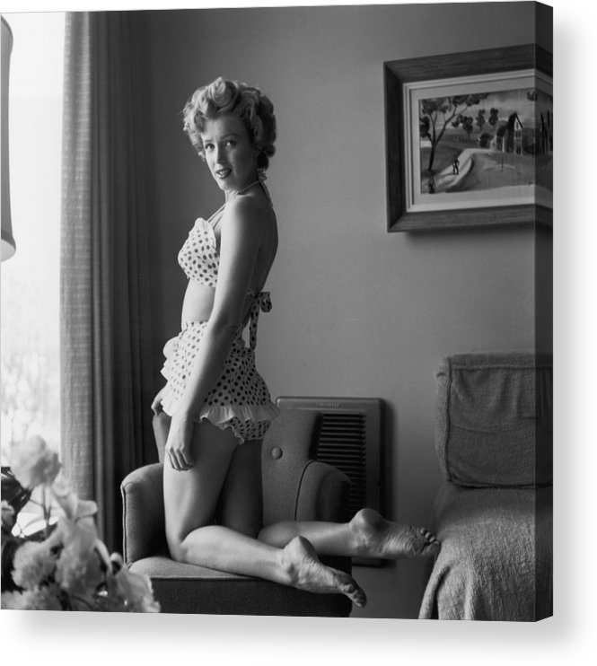 People Acrylic Print featuring the photograph Bikini Babe by Hulton Archive