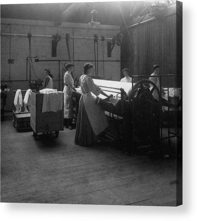 Carshalton Acrylic Print featuring the photograph Laundry by Hulton Archive