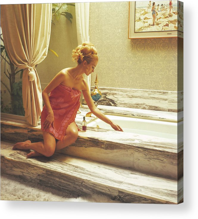 People Acrylic Print featuring the photograph Testing The Bathwater by Tom Kelley Archive