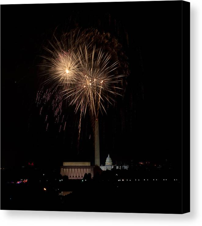 4th Of July Canvas Print featuring the photograph Celebrating America From The Captial by David Hahn