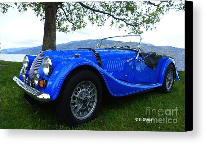 Roadster Canvas Print featuring the photograph Roadster by Vi Brown