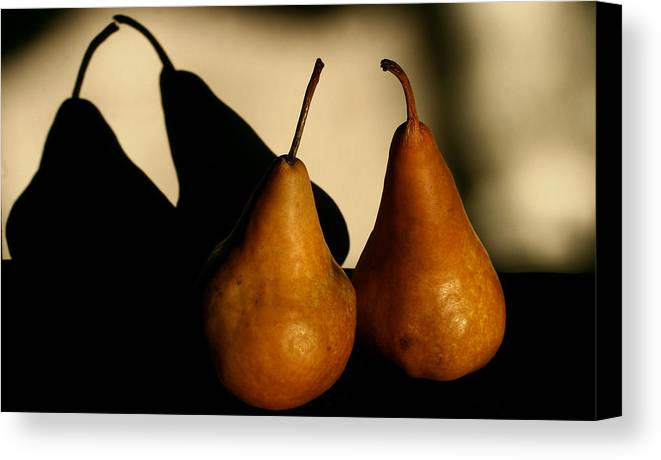 Still Life Canvas Print featuring the photograph The Kiss by Steve Augustin