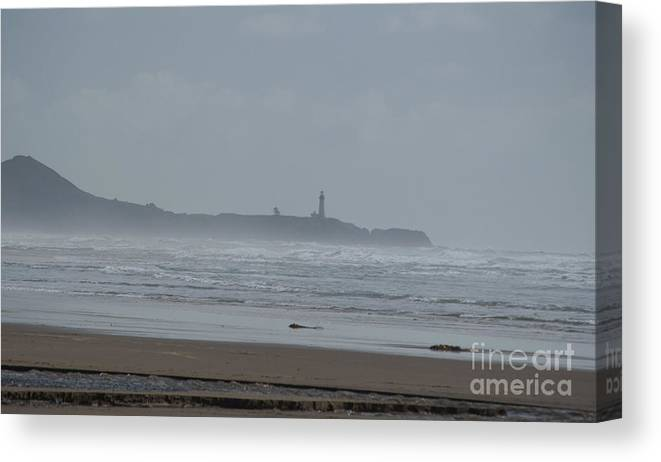 Oregon Canvas Print featuring the photograph Yaquina Head Light House by Mandy Judson