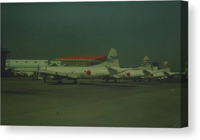 Airplane Canvas Print featuring the photograph Japanese Airforce by Rob Hans