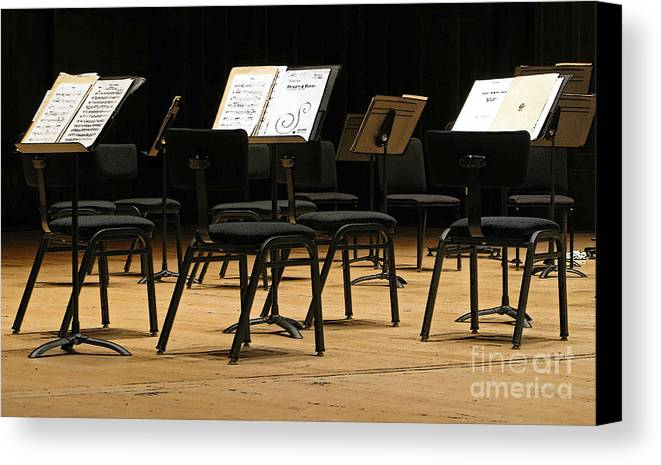 Intermission Canvas Print featuring the photograph Concert Time Out by Ann Horn
