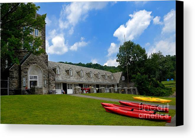2 Seat Canvas Print featuring the photograph Kayaks At Boat House by Amy Cicconi