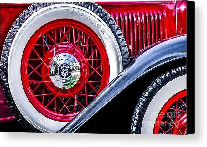 Car Canvas Print featuring the photograph Old Jag by Michael Arend