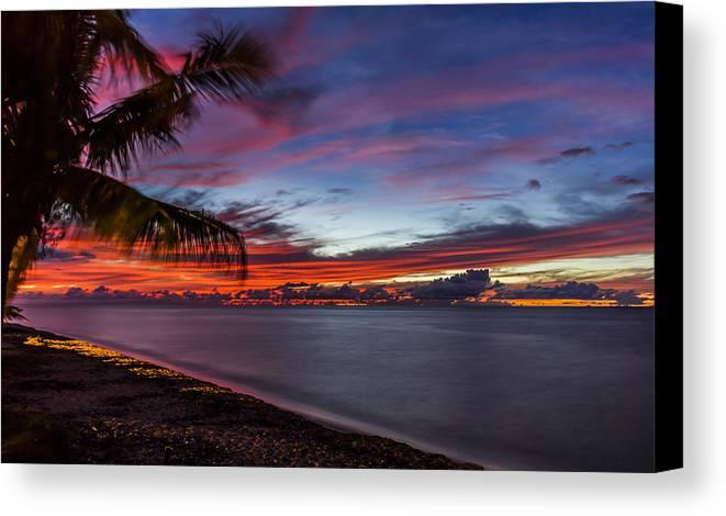 Sunset Canvas Print featuring the photograph Waialua Sunset by Kelly Headrick