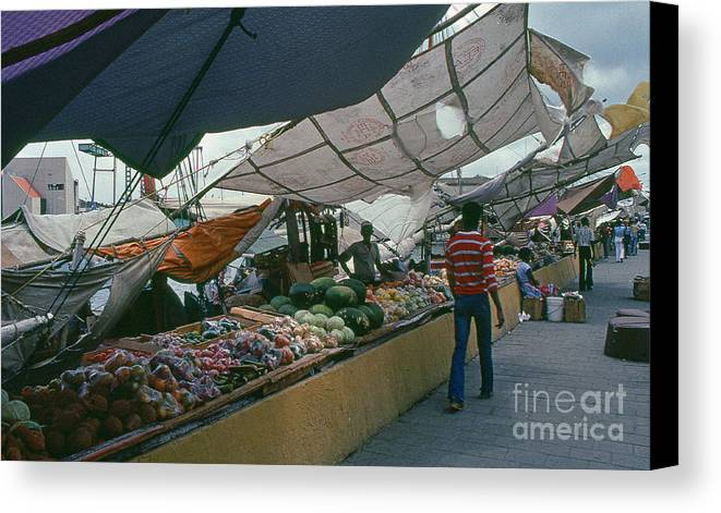 Market Canvas Print featuring the photograph Curacao Market by David Pettit