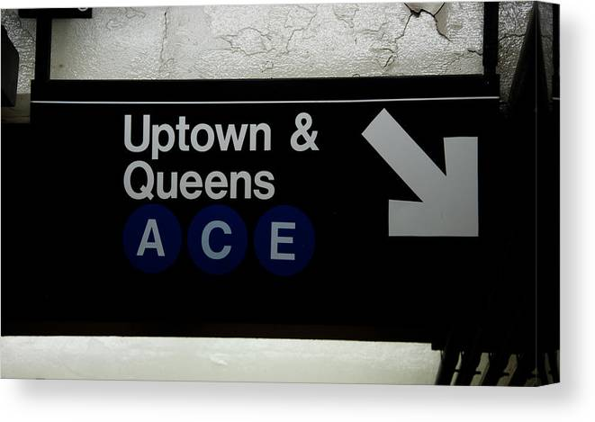 Subway Canvas Print featuring the photograph Uptown Train by Heidi Reyher