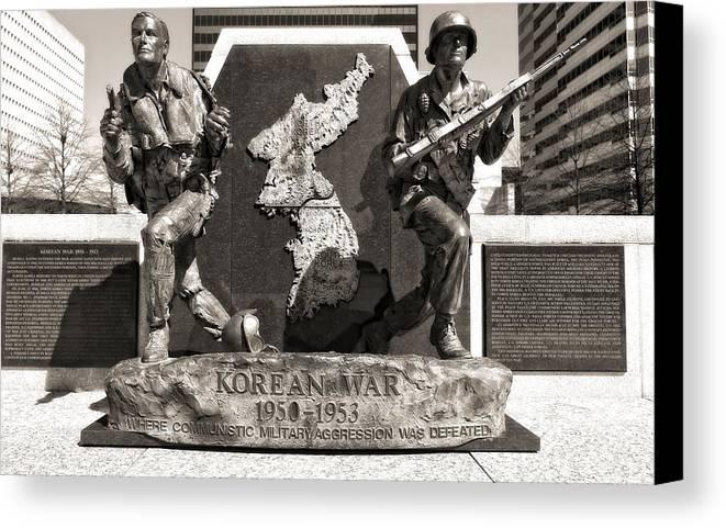 Tennessee Korean War Memorial Canvas Print featuring the photograph Tennessee Korean War Memorial by Dan Sproul