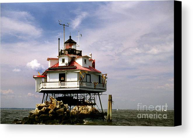 Lighthouses Canvas Print featuring the photograph Thomas Point Shoal Lighthoues by Skip Willits