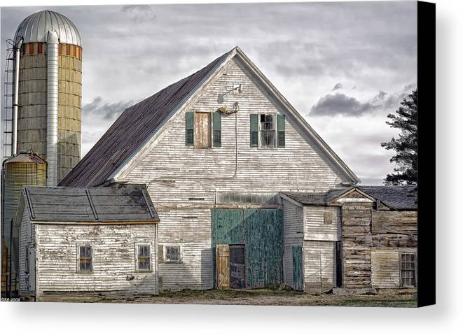 Architecture Canvas Print featuring the photograph Maine Farm Barn by Richard Bean