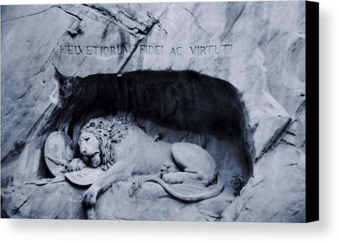 Lion Of Lucerne Canvas Print featuring the photograph The Lion Of Lucerne by Dan Sproul