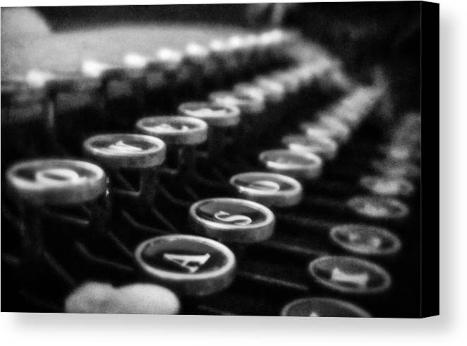 Grunge Canvas Print featuring the photograph Corona Zephyr Keyboard by Jon Woodhams