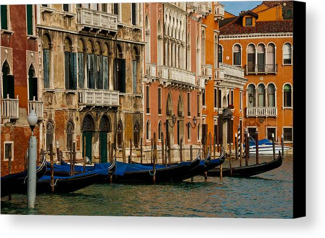 Venice Canvas Print featuring the photograph Vibrant by Jim Southwell