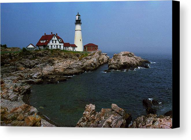 America Canvas Print featuring the photograph Lighthouse - Portland Head Maine by Frank Romeo