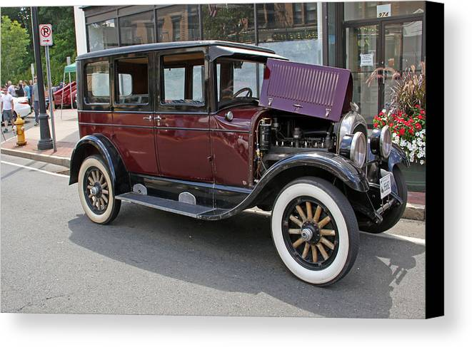 Cars Canvas Print featuring the photograph Chrysler 1926 by Gerald Mitchell