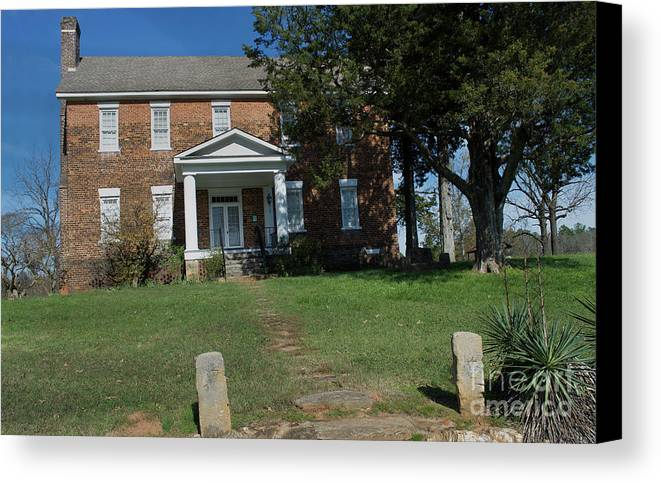 Scenic Tours Canvas Print featuring the photograph Cross Keys Plantation, Sc by Skip Willits