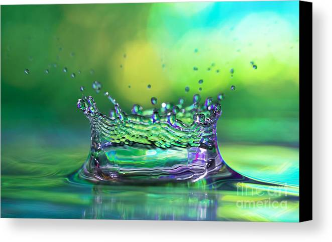 Abstract Canvas Print featuring the photograph The Kings Crown by Darren Fisher