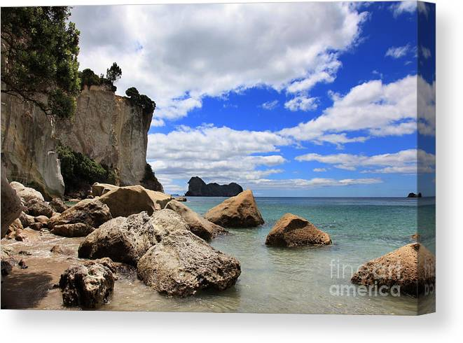 Stingray Bay Canvas Print featuring the photograph Beautyful Coast by Fabian Roessler