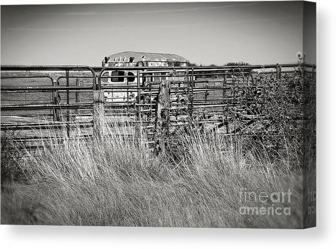 Lee Craig Canvas Print featuring the photograph Bus Stop On Route 66 In Oklahoma In Black And White by Lee Craig