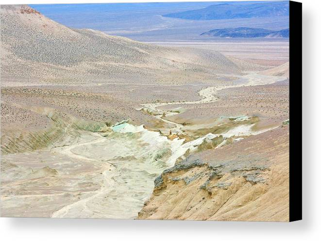 Sky Canvas Print featuring the photograph On The Edge by Marilyn Diaz