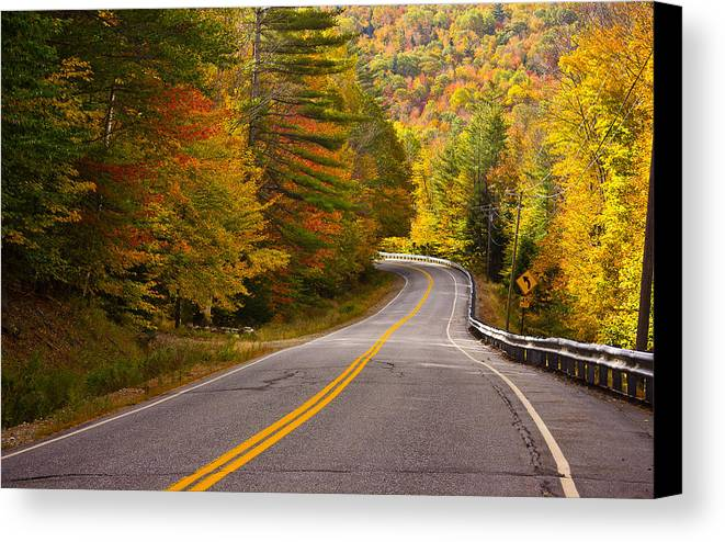 Autumn Canvas Print featuring the photograph Around The Bend by Benjamin Williamson